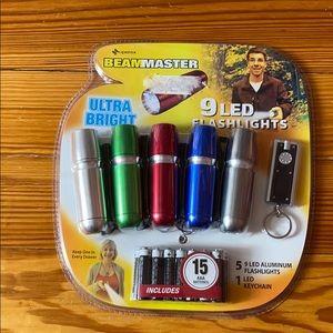 Beammaster 9 LED Flashlights w/ Batteries NEW